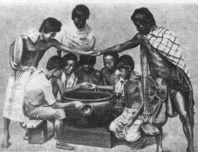 поклонники рыбьих поединков в Сиаме